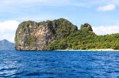 Barcos na praia do EL Nido, Filipinas Imagens de Stock
