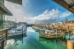 Barcos no cais do ` s do pescador em San Francisco Foto de Stock