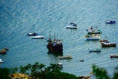 Barcos no canto do ` s dos pescadores Imagens de Stock