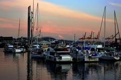 Barcos no golfo de Seattle foto de stock