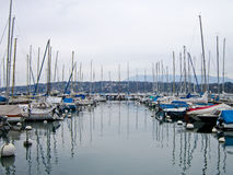 Barcos no lago Genebra, Geneve, Suíça Fotos de Stock