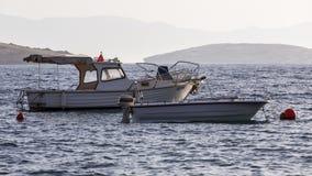 Barcos no mar Imagem de Stock