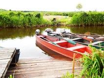 Barcos no parque em Bielorrússia imagens de stock