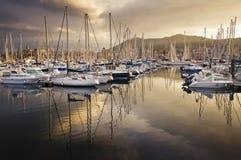Barcos no porto de Hendaye, França Fotografia de Stock Royalty Free