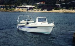 Barcos no porto de Ouranoupoli em Halkidiki Fotos de Stock Royalty Free