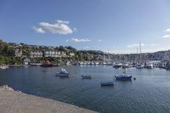 Barcos no porto exterior Brixham Devon England Reino Unido do porto Fotos de Stock