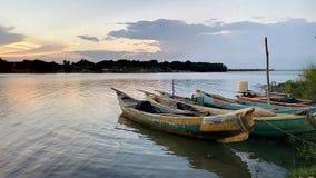Barcos no rio fotografia de stock