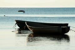Barcos no seashore Imagens de Stock