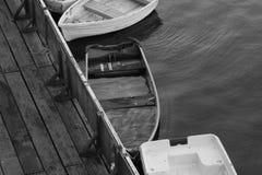 Barcos a remos na doca Imagem de Stock Royalty Free