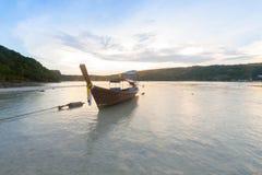 Barcos tailandeses tradicionales en la playa tailandia Fotografía de archivo libre de regalías