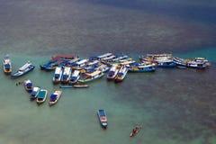 Barcos tradicionais em Belitung Indonésia imagem de stock