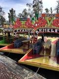 Barcos tradicionais em Xochimilco, Cidade do México fotos de stock royalty free