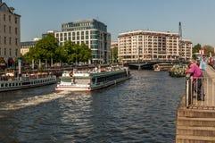 Barcos turísticos Imagen de archivo libre de regalías