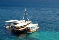 Barcos turísticos del taxi Fotos de archivo