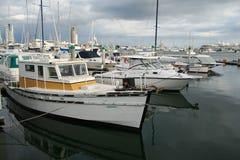 Barcos viejos y nuevos barcos Fotografía de archivo libre de regalías