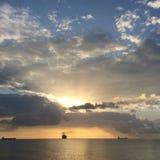 Barcos y cielo Imagenes de archivo