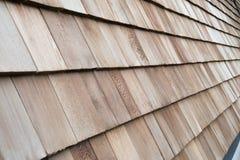 Bardeaux en bois de cèdre pour le toit ou le mur photographie stock
