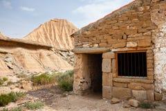 Bardenas的Reales, Navarra,西班牙典型的房子 免版税库存照片