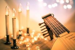 Bardon z instrumentalną szkotową muzyką i miękcy światła dla Bożenarodzeniowego wakacje, rozłamu brzmienie zdjęcia stock