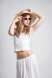 Bardzo ładna dziewczyna z okularami przeciwsłonecznymi Fotografia Royalty Free