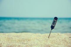 Bardzo gorący piasek na plaży Fotografia Royalty Free