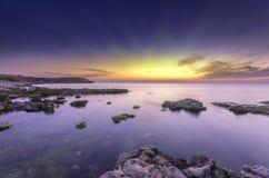 Bardzo jaskrawy fantastyczny seascape Obrazy Royalty Free