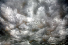 bardzo ominious chmury Obrazy Stock