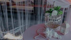 Bardzo piękna ślubna dekoracja zdjęcie wideo