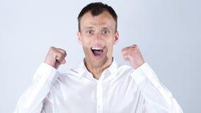 Bardzo szczęśliwy Energiczny biznesmen, sukces i dobre wieści, obrazy royalty free