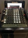 Bardzo wcześnie 10 kluczowa sumująca maszyna zdjęcia royalty free