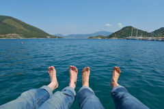 Bare feet against the sea Royalty Free Stock Photos