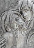 Barelief w brązie reprezentuje politowanie Michelangelo zdjęcia stock