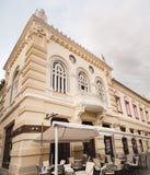 Bares e restaurantes na cidade velha de Timisoara fotografia de stock royalty free