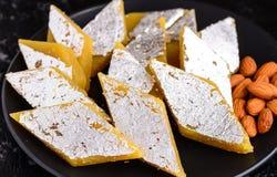 Barfi dolce-badam indiano della mandorla o di katli Immagini Stock Libere da Diritti