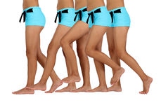 barfota bikiniflicka Arkivbild