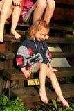 barfota flickor royaltyfria bilder