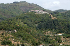 Barga uma cidade medieval da cume em Toscânia Fotografia de Stock