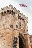 Bargaten är en medeltida porthus i UK royaltyfri bild