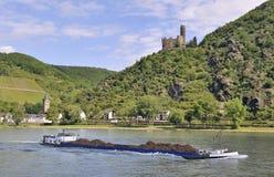 Free Barge Carrying Scrap Metal Royalty Free Stock Images - 9376009