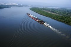 Free Barge On Mississippi. Stock Images - 3609884