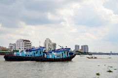Barge and Tug Boat cargo ship in Choaphraya river Royalty Free Stock Photography
