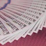 Bargeld 100 Dollar Hintergrund Lizenzfreie Stockbilder