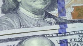 Bargeld 100 Dollarscheine stock footage