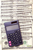 Bargeld-Geld-Berechnungen Stockbild