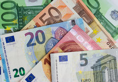 Bargeldgeld- Eurorechnungen, europäisches Geld Lizenzfreie Stockbilder