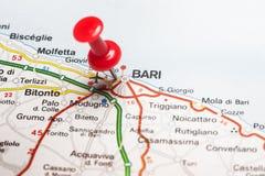 Bari fijó en un mapa de Italia Imágenes de archivo libres de regalías