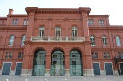 Bari, Italie 10 01 2015 : Le théâtre de Petruzzelli est le plus grand théâtre dans la ville de Bari et un des théatres de l'opéra photographie stock libre de droits