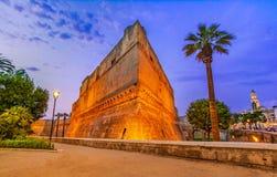 Bari Italien, Puglia: Den Swabian slotten eller Castello Svevo, kallar också Fotografering för Bildbyråer
