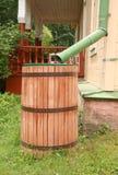 Baril d'eau de pluie Photographie stock libre de droits