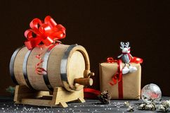 Baril en bois pour le vin avec l'anneau en acier image libre de droits